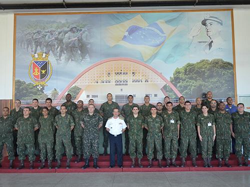 ADSUMUS: Centro de Instrução Almirante Sylvio de Camargo (CIASC) e curso com Exército e PMERJ