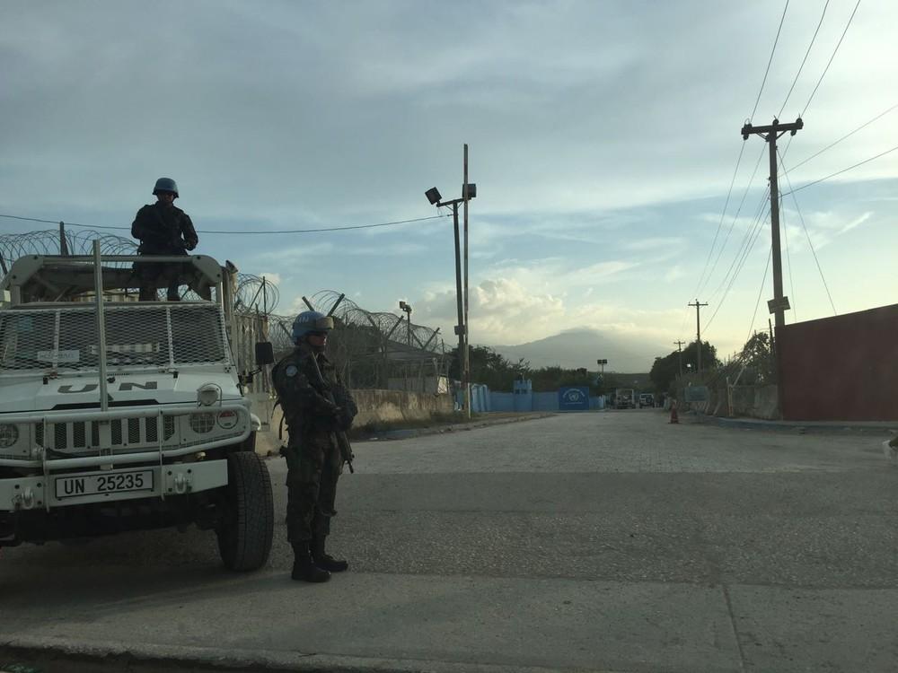 MINUSTAH: Prestes a deixar Haiti, militares do Brasil são atacados em base da ONU no interior do país
