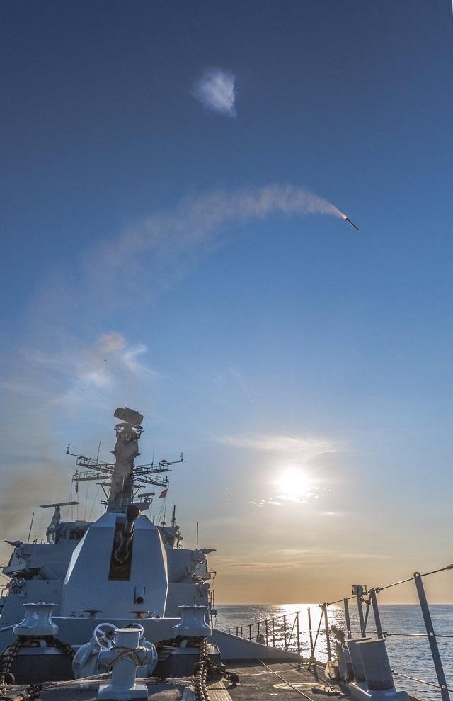 ESPECIAL: Subsecretária da Defesa britânica anuncia os primeiros disparos bem sucedidos do míssil 'Sea Ceptor', que a MB gostaria de ver a bordo das suas CCTs