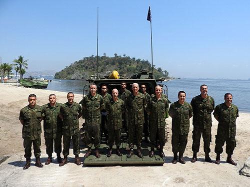 ADSUMUS: Comandante em Chefe da Esquadra visita o Comando da Tropa de Reforço