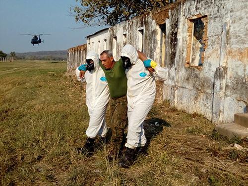ADSUMUS: Grupamento de Fuzileiros Navais de Ladário (GptFNLa) realiza adestramento de ações NBQR com a sua Equipe Resposta