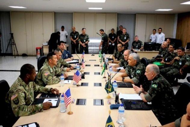 Exércitos do Brasil e Estados Unidos consolidam intercâmbio
