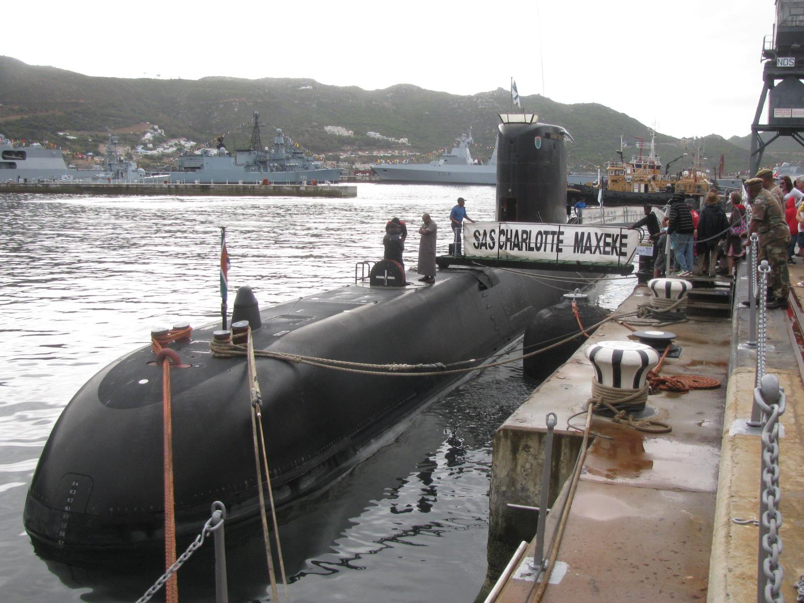 Reforma de meia-vida em submarinos! 'SA Navy' opta por revitalização dos IKL-209 em casa, e sofre com atrasos devido à falta de recursos e às esperas por sobressalentes