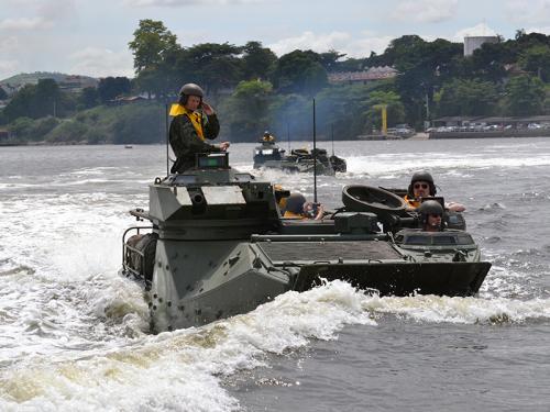 ADSUMUS: Cônsul-Geral do Brasil em Portugal visita a Tropa de Reforço