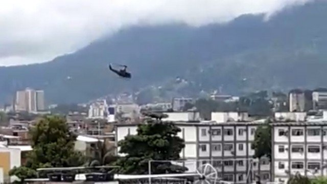 SEGURANÇA PÚBLICA:Policial civil é ferido em helicóptero durante operação em favela da Maré no Rio de Janeiro