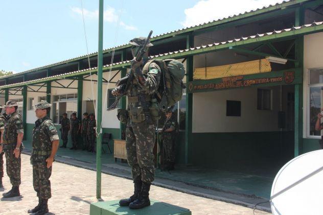 Soldados indígenas protegem fronteira brasileira