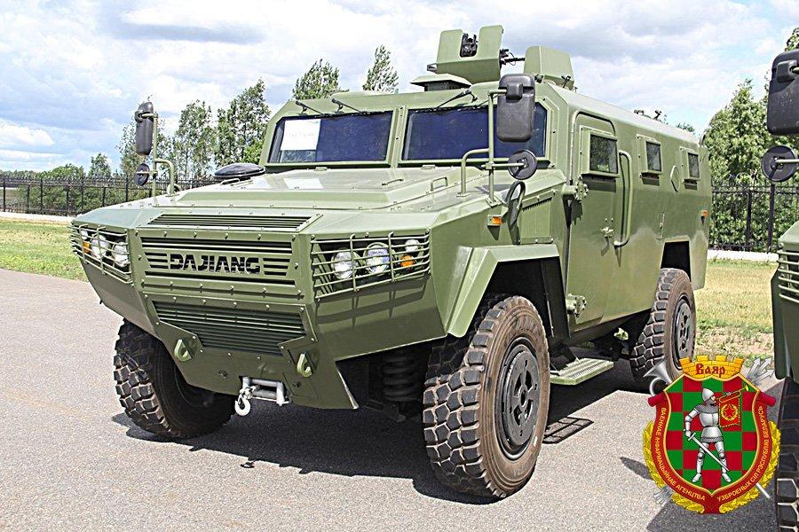 China entrega segundo lote de veículos blindados CS/VN3 4×4 a Bielorrússia