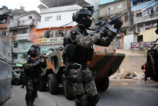FOpEsp: Emprego das Tropas Especiais do Exército Brasileiro na Intervenção Federal do Rio de Janeiro