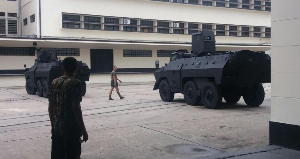 Secretaria de Segurança do RJ vai receber três blindados Engesa EE-11 Urutu disponibilizados pelo Exército