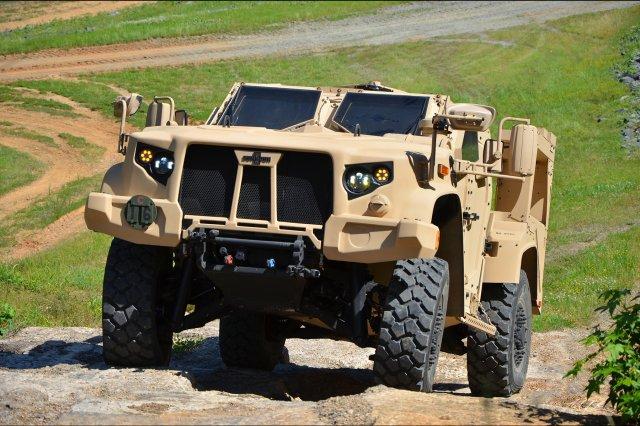 Exército, o Corpo de Fuzileiros navais começa a testar o novo veículo JLTV