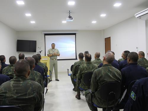 Centro de Defesa Nuclear, Biológica, Química e Radiológica da Marinha do Brasil recebe alunos do CAAML