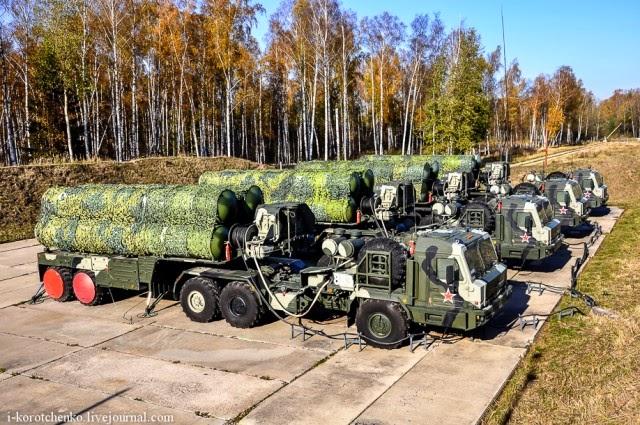 Aliados dos EUA são pegos em fogo cruzado de sanções a armas da Rússia
