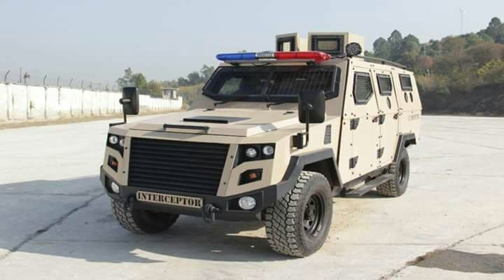 Paquistão exporta veículos blindados leves para o Bahrein.