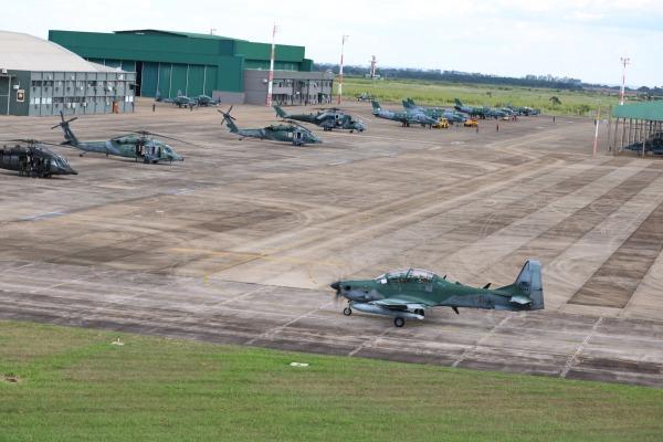 FAB reúne 700 militares e mais de 20 esquadrões em exercício operacional
