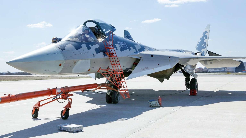 Su-57-radar-na-lateral..jpg