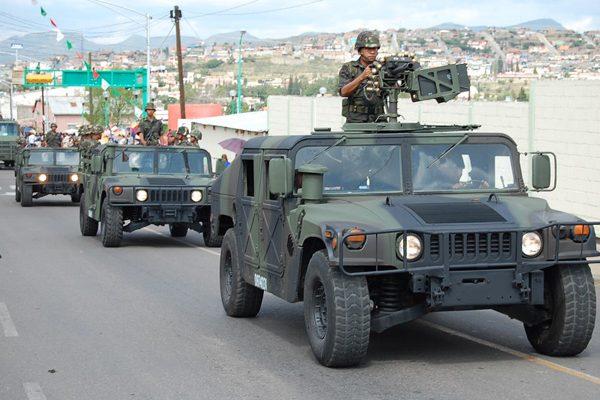 México planeja compra de 1.359 veículos Humvee para o Exército