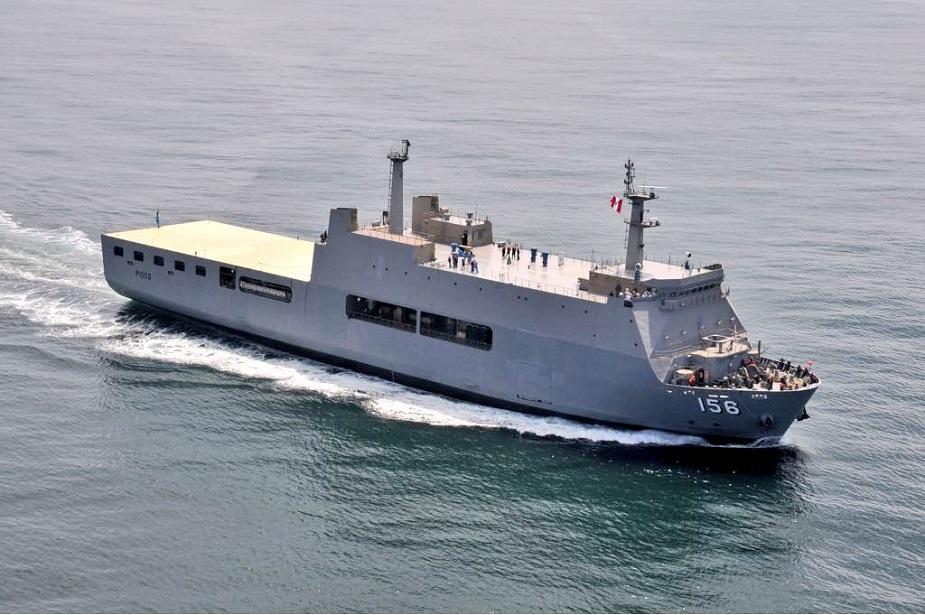 Marinha Colombiana demostra interesse em  navio doca de assalto anfíbio construído no Peru