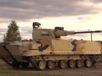 Veículo de Combate de Infantaria BMP-3 com módulo robótico de combate AU-220M armado com canhão de 57 mm