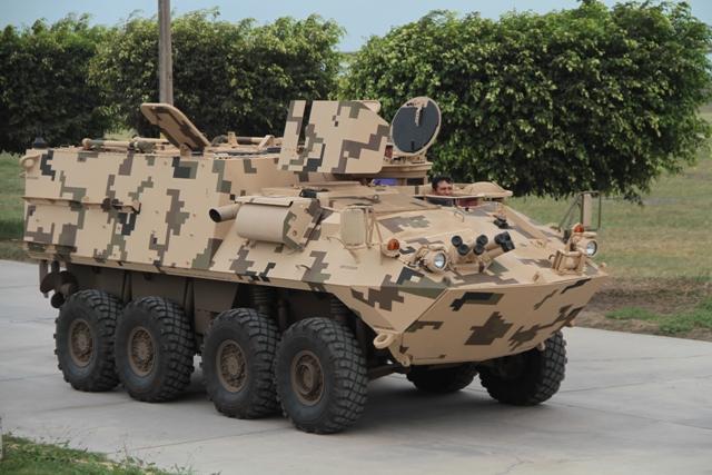 Colômbia demostra interesse em adquirir veículos blindados 8×8 para seus fuzileiros