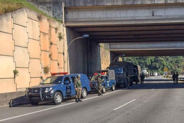 FAB PÉ DE POEIRA: Grupamento de Segurança e Defesa de São Paulo (GSD-SP) garante segurança em rodovias de SP