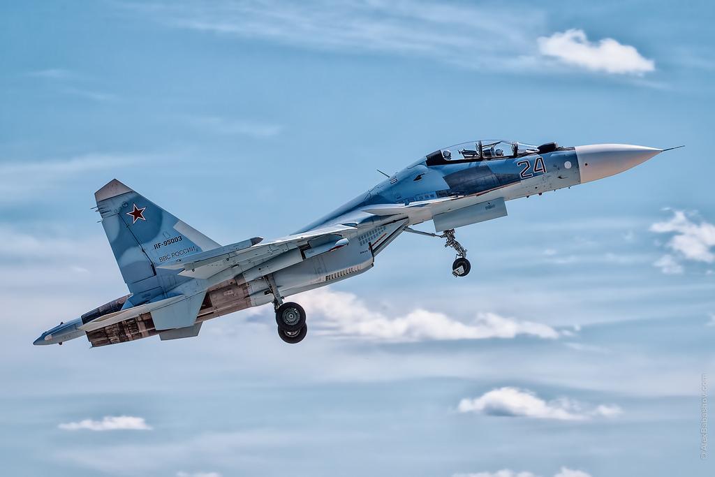 Army-2018: O Ministério da Defesa da Rússia vai adquirir mais 36 caças Su-30SM