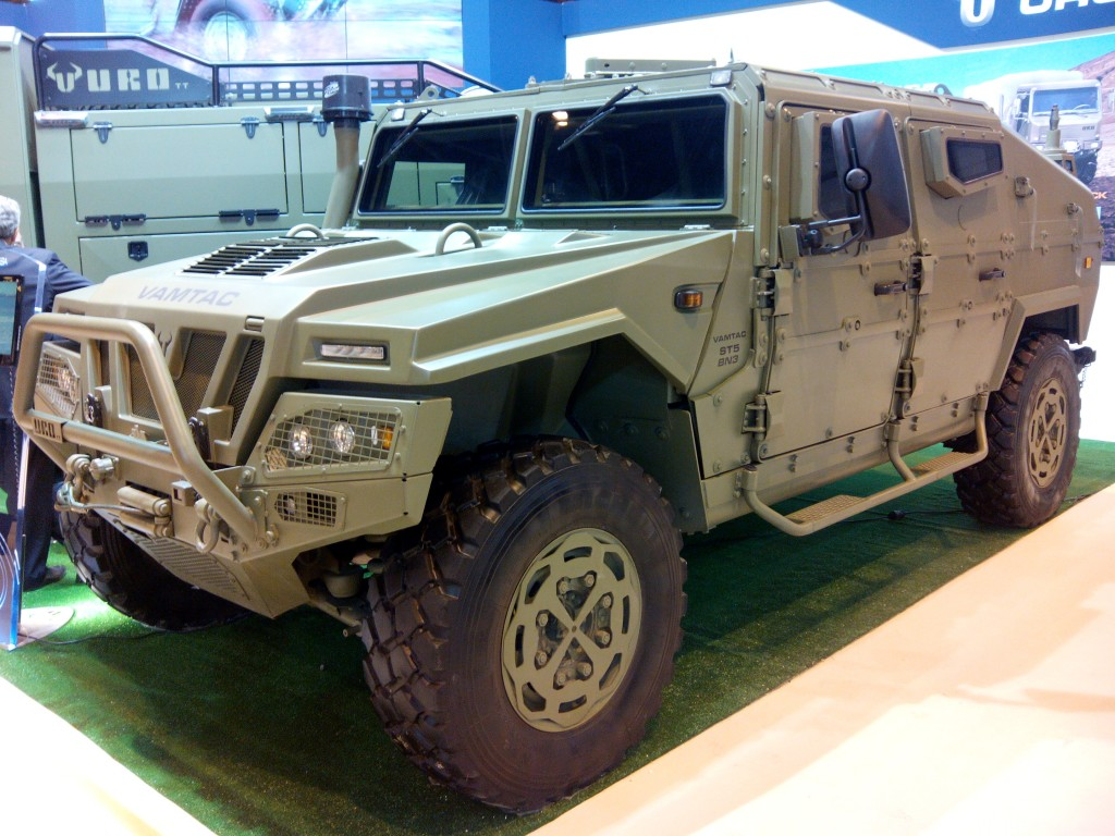 Portugal adquiri veículos blindados 4×4 URO VAMTAC ST5