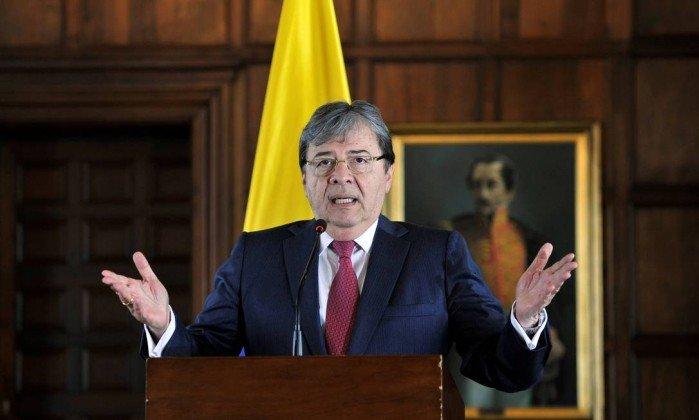 Colômbia anuncia saída da Unasul, o bloco sul-americano criado no governo Lula