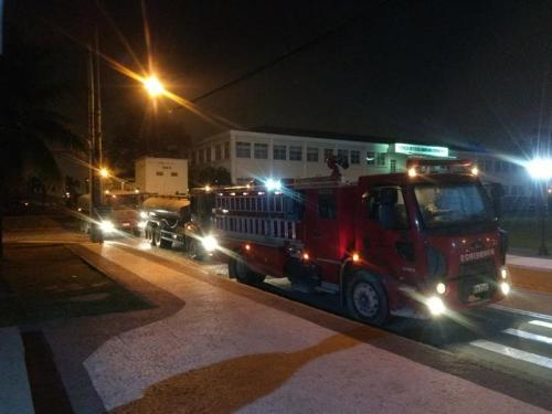 ADSUMUS: Força de Fuzileiros da Esquadra (FFE) apoia bombeiros durante incêndio no Museu Nacional