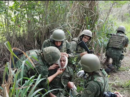 ADSUMUS: Companhia de Polícia (CiaPol) da Tropa de Reforço participa de Adestramento de Atendimento Pré-Hospitalar Tático no Complexo Naval da Ilha das Flores (CNIF).