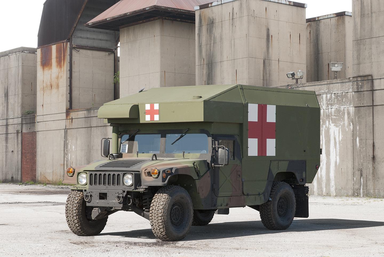 Exército dos EUA adquire novos veículos AM General M997A3.