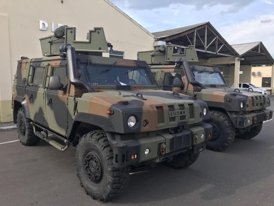Exército Brasileiro recebe primeiro lote de veículos  Iveco LMV