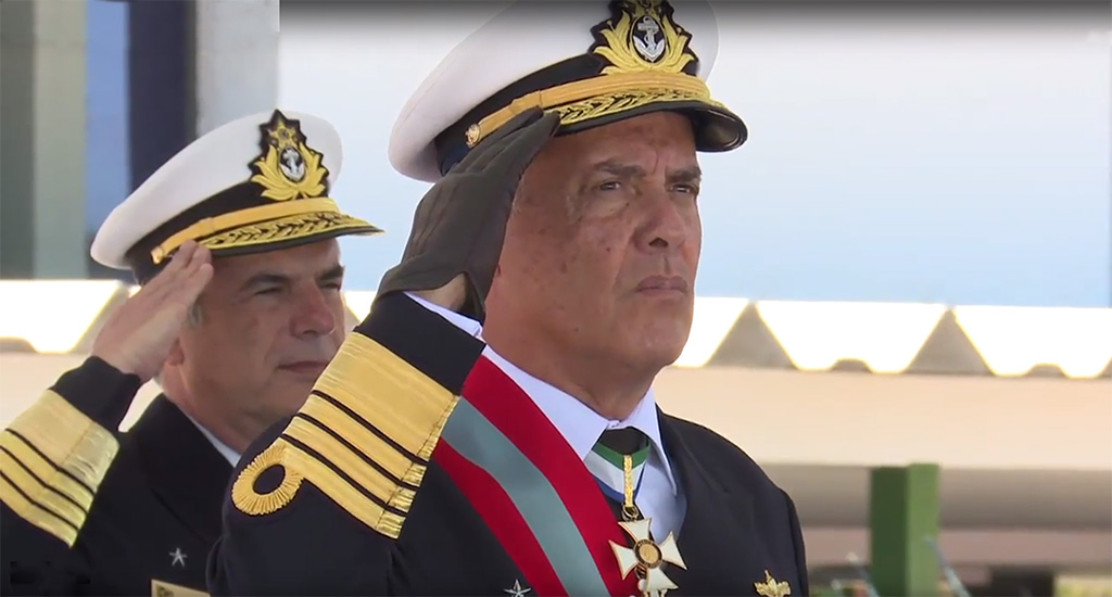 "Plano Brasil/MD/MB/ATAC/Análise: ""AE Ilques, atual CEMA, integrante da Turma Aspirante Conde (Colégio Naval (CN) 1971 e 1972, e Escola Naval (EN) 1973 a 1976), foi escolhido para ser o próximo CM"""