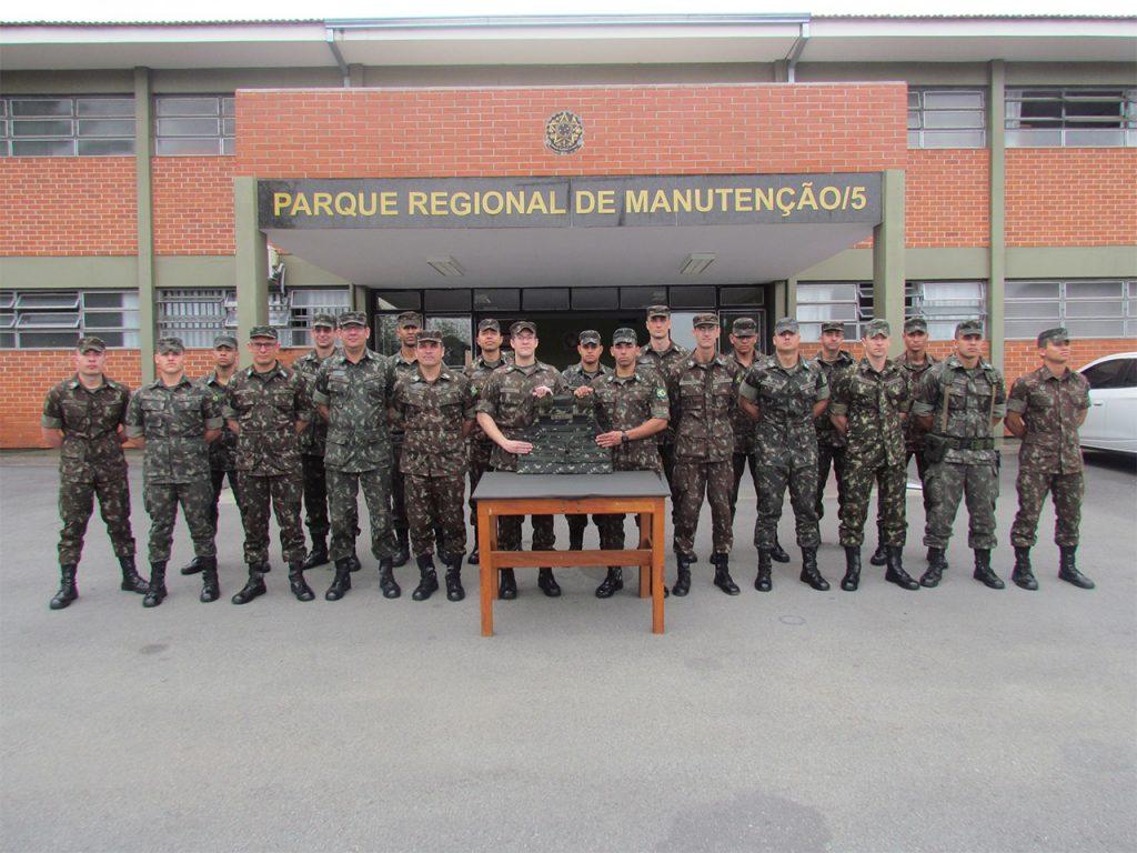 Parque Regional de Manutenção da 5ª Região Militar (Pq R Mnt/5) atinge marco histórico na produção do milésimo colete de proteção balística