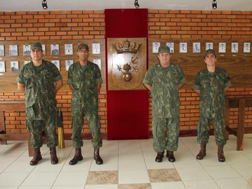 ADSUMUS: Grupamento de Fuzileiros Navais de Brasília (GptFNB) recebe visita do Comandante-Geral do Corpo de Fuzileiros Navais