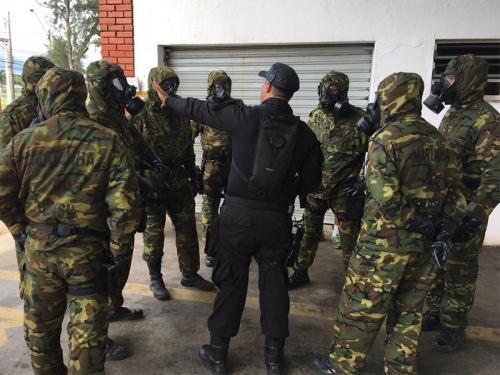 ADSUMUS: Batalhão de Engenharia de Fuzileiros Navais (BtlEngFuzNav) ministra instrução para Policiais do  Curso de Retomada e Resgate, ministrado pelo Batalhão de Operações Especiais da Polícia Militar do Estado do Rio de Janeiro (BOPE-PMERJ)