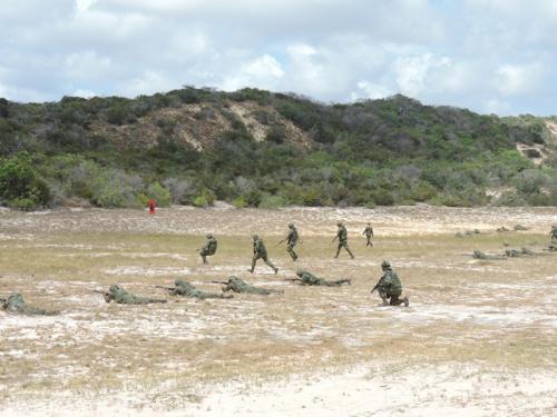 ADSUMUS : Grupamento de Fuzileiros Navais de Natal (GptFNNa) realiza exercício de tiro no Campo de Instrução de Muriú-RN