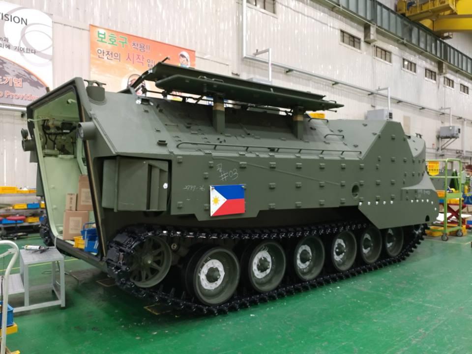 Primeira imagem do veículo de assalto anfíbio  KAAV7A1 do Corpo de Fuzileiros Navais das Filipinas
