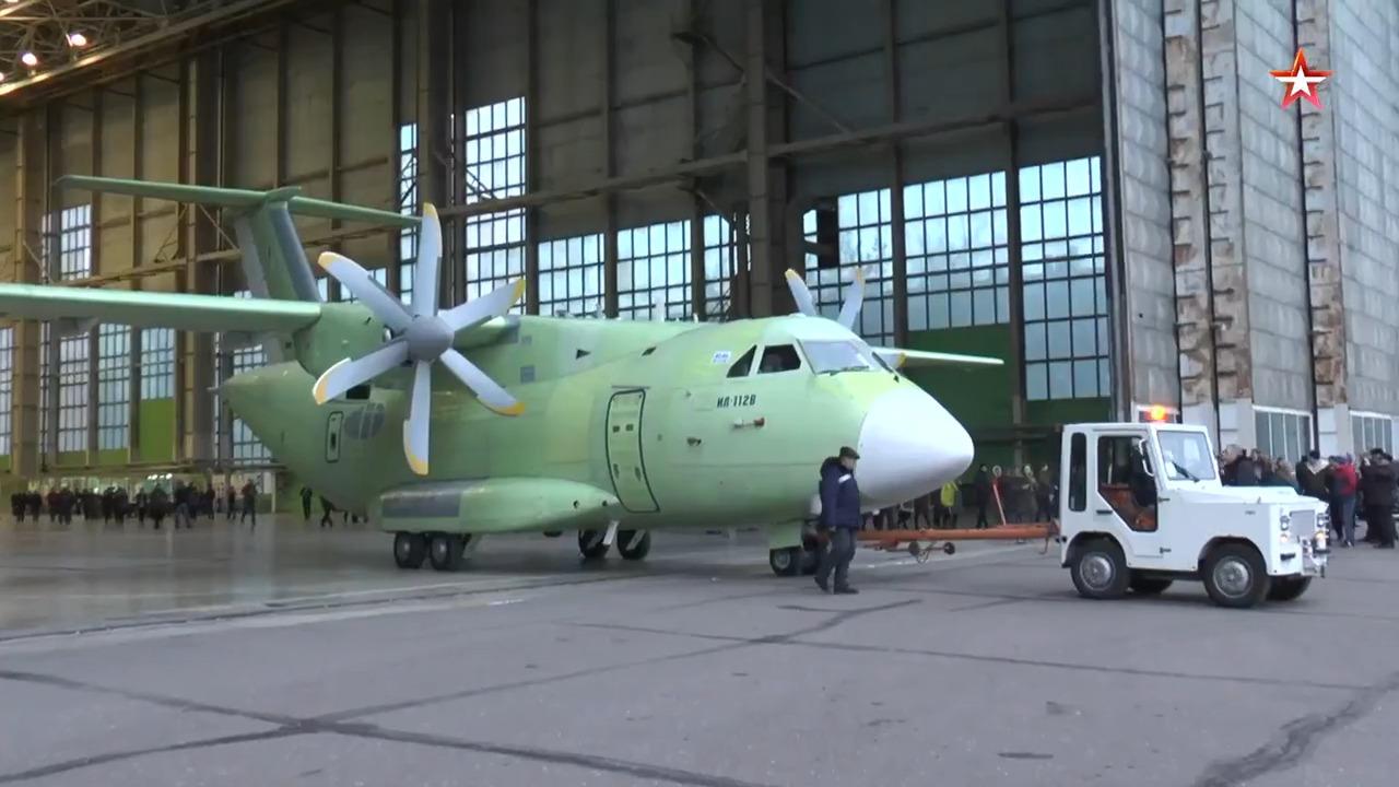 A Rússia está ofertando à Índia um projeto de uma aeronave de transporte leve baseada no IL-112V