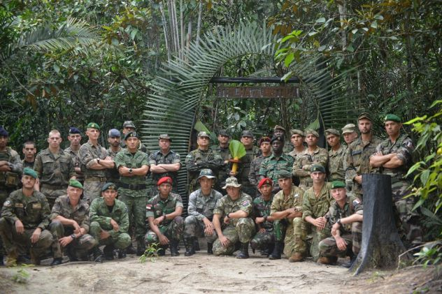 Welcome To The Jungle: Curso Internacional de Operações na Selva 2018