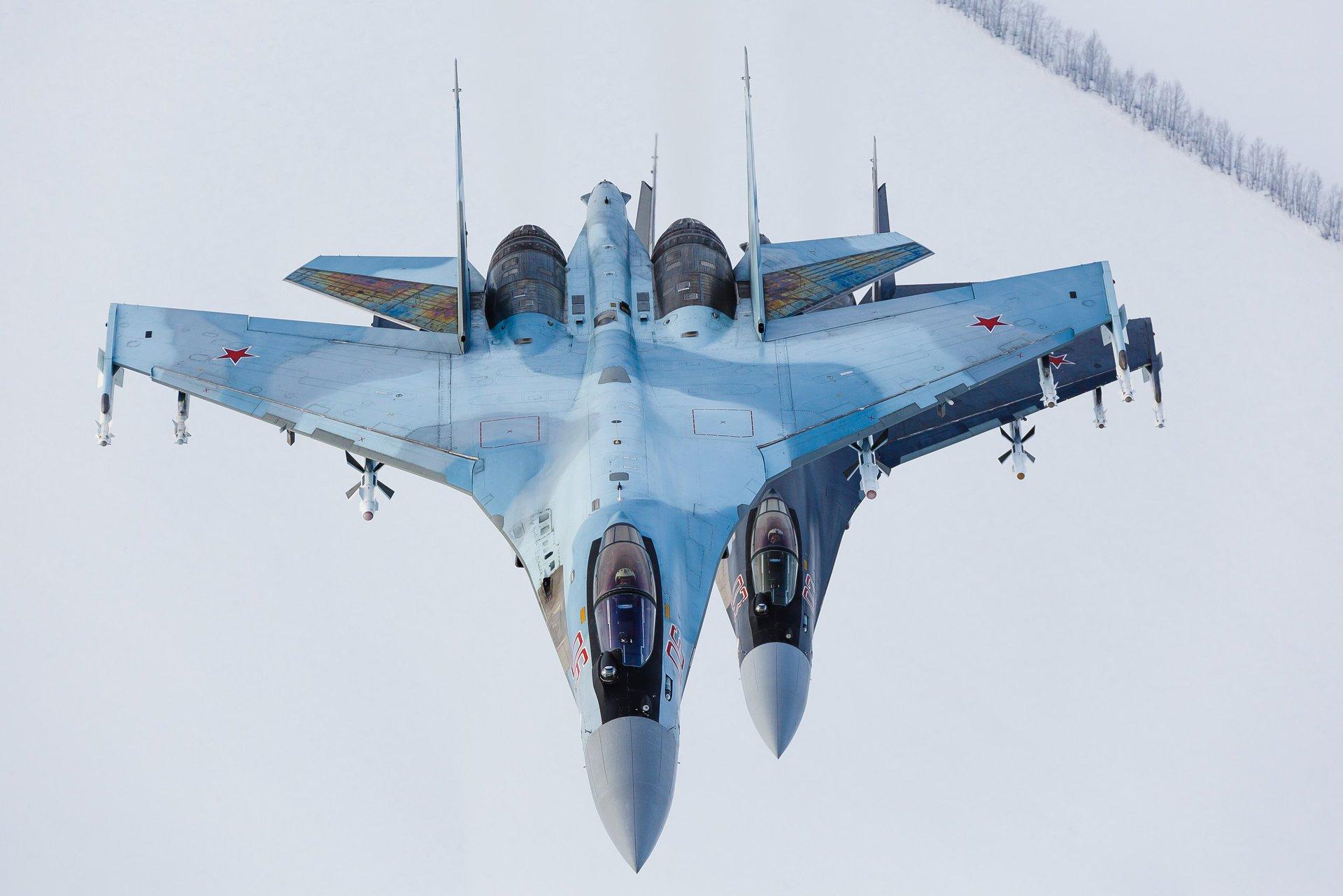 Egito assinou um contrato para a compra de caças Su-35