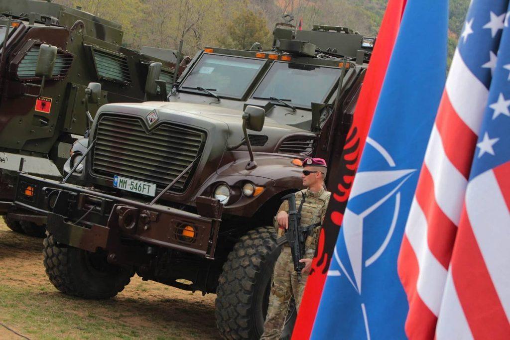 Governo Americano entrega veículos InternationalMaxxPro às Forças Armadas da Albânia