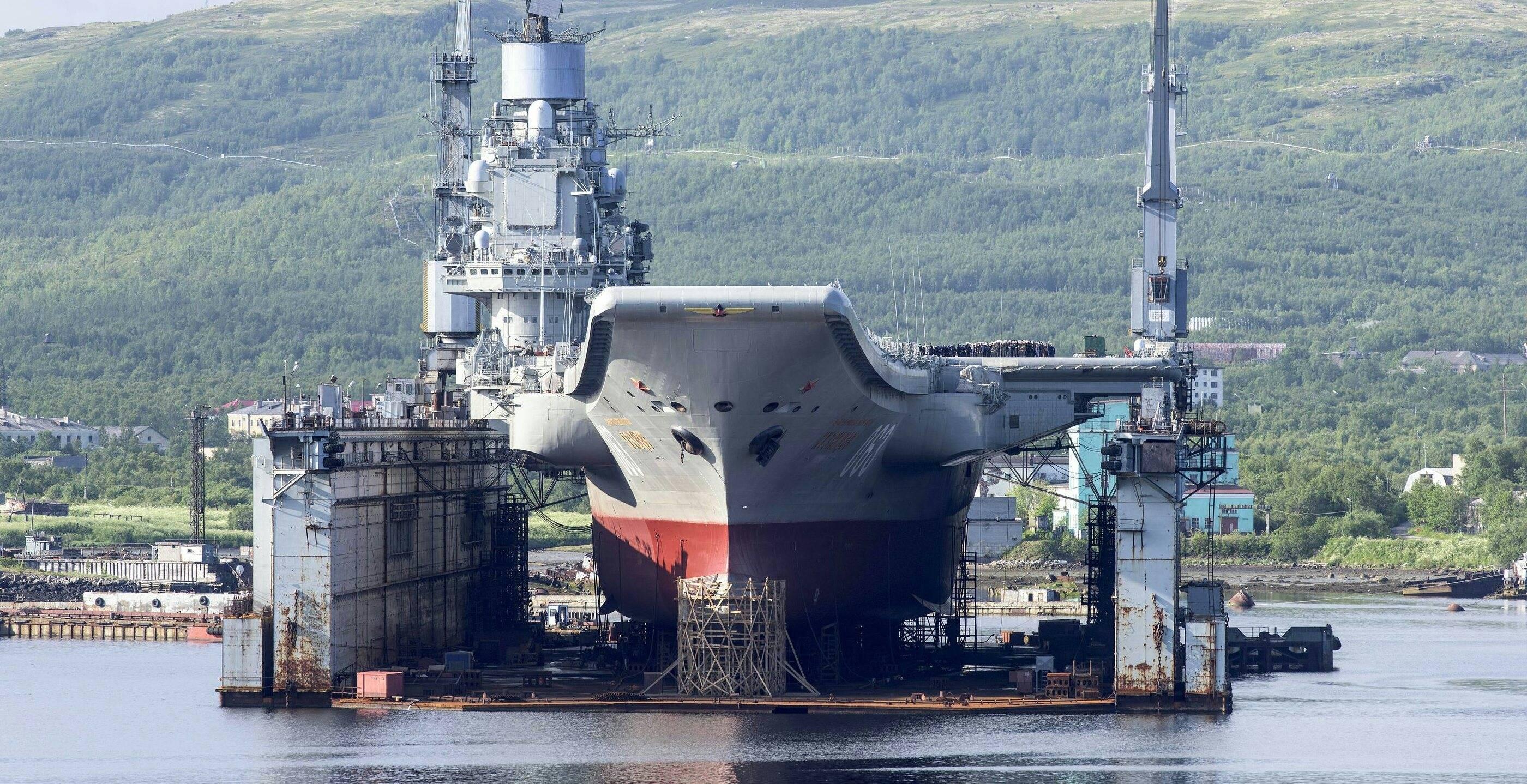 Marinha russa pode ter que desmantelar seu único porta-aviões