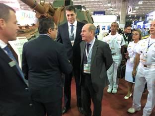 LAAD 2019: Ministro da Defesa visita estande da BAE Systems na LAAD 2019