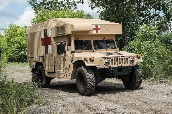 Exército Americano realiza encomenda de 648 M997A3 Ambulância da AM General