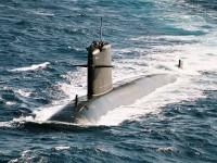 """Submarino francês """"afunda"""" porta-aviões dos EUA durante exercícios"""