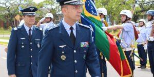 FAB PÉ DE POEIRA: Oficial de Infantaria