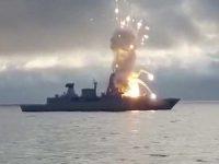 """Vídeo- Lançamento mal sucedido do míssil SM-2 pela fragata F 124 """"Sachen"""" da Marinha alemã"""