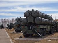 """Arábia Saudita ameaça Qatar com """"ação militar"""" caso venha adquirir os sistemas de mísseis S-400"""