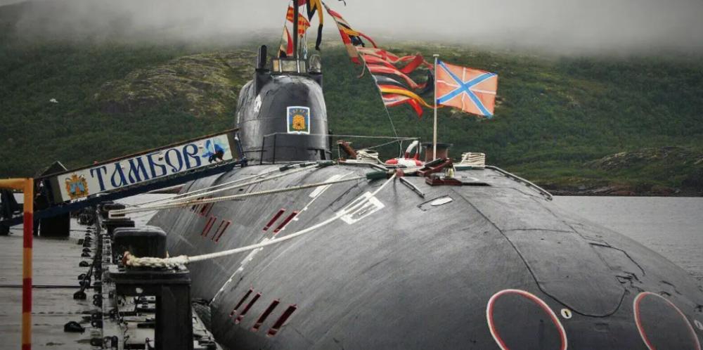 Antigo submarino nuclear ganha nova vida no estaleiro Nerpa
